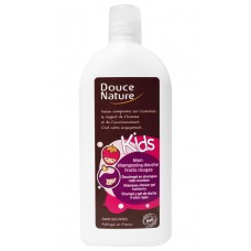 Douce Nature Детский шампунь для волос и тела с клубникой, 300 мл