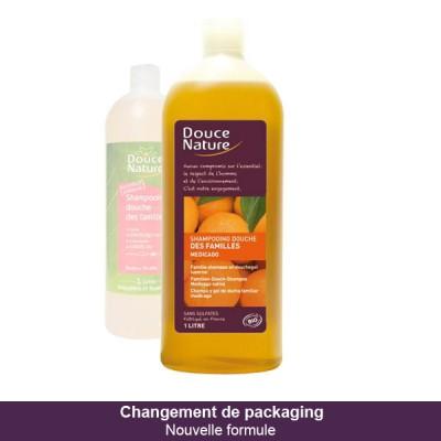 Douce Nature Семейный шампунь для тела и волос с маслом сладкого миндаля и фруктовым ароматом, 1 л